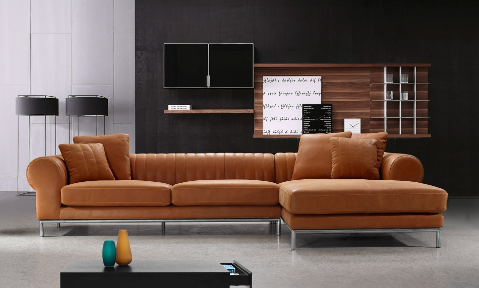 How to arrange a sectional sofa in your living room la - Leather sofa arrangement in living room ...