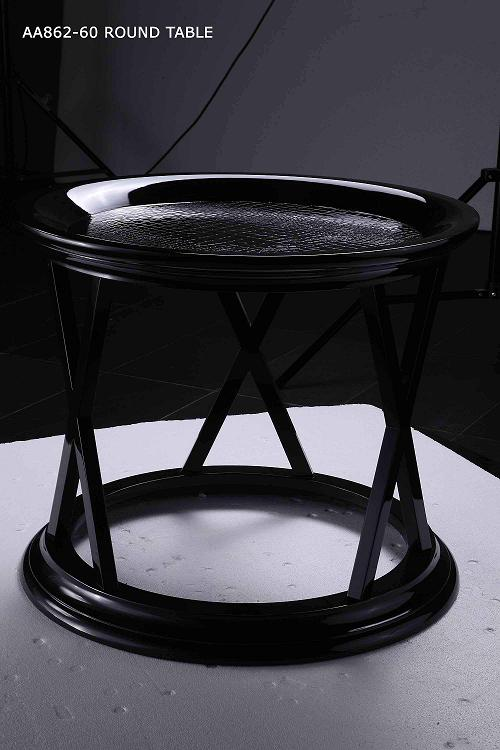 Royal Dark Golden Bed: Black Round Nightstand