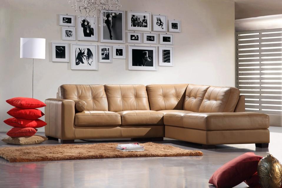 Renava Italian Leather 306 Sectional Sofa Camel