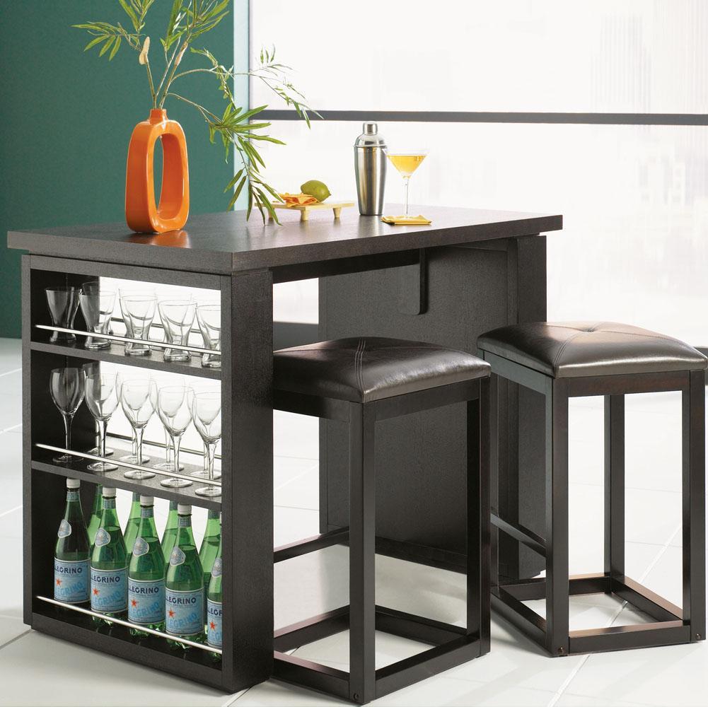 Mobile Bar Per Soggiorno: Mobile bar in legno dallo stile classico per ...
