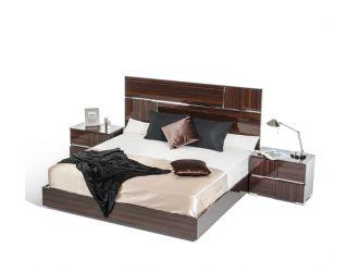 Picasso Italian Modern Ebony Lacquer Bed