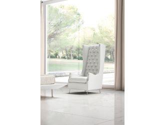 Estro Salotti Vanity Modern White Leather Lounge Chair