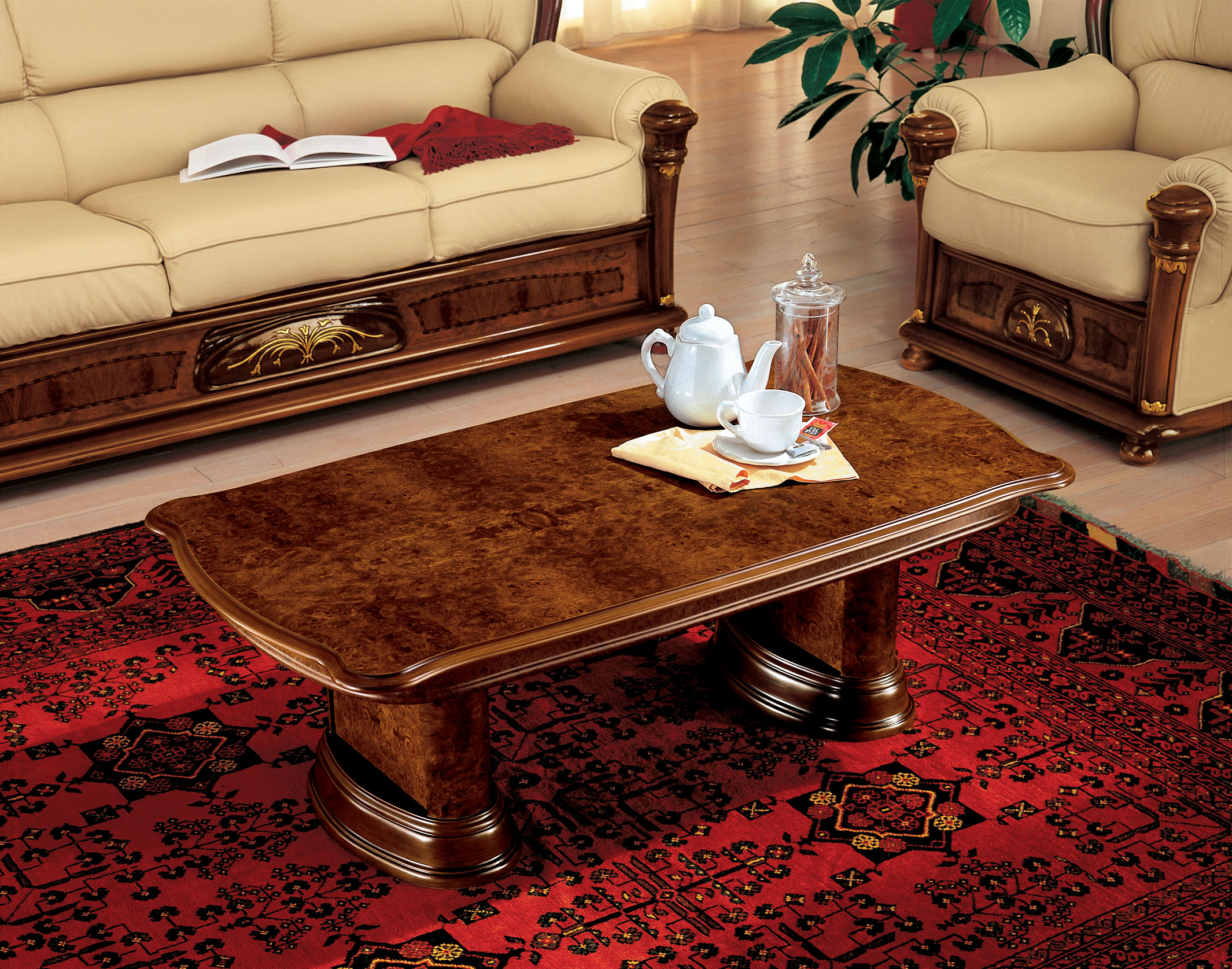 choosing a glass top coffee table for your living room