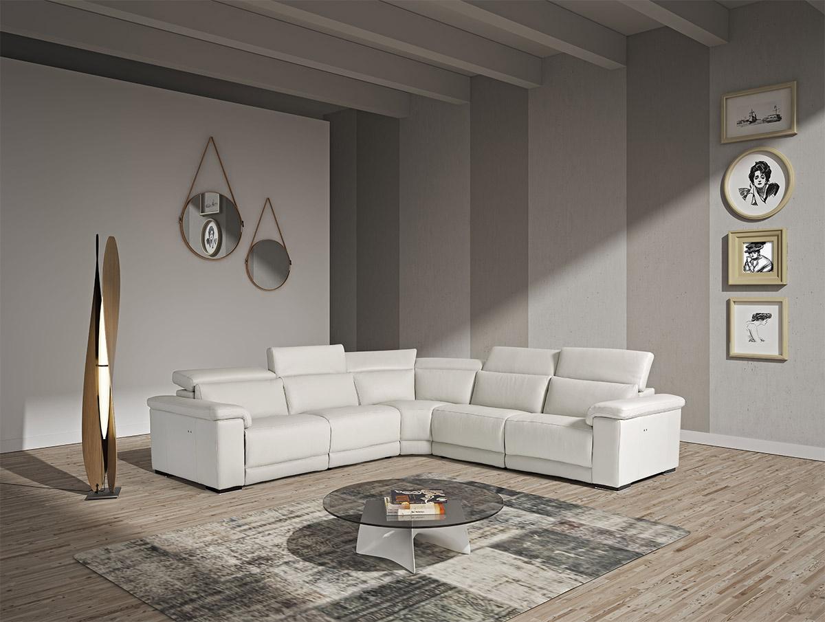 Image of Estro Salotti Palinuro White Leather Sectional Sofa w/Recliners