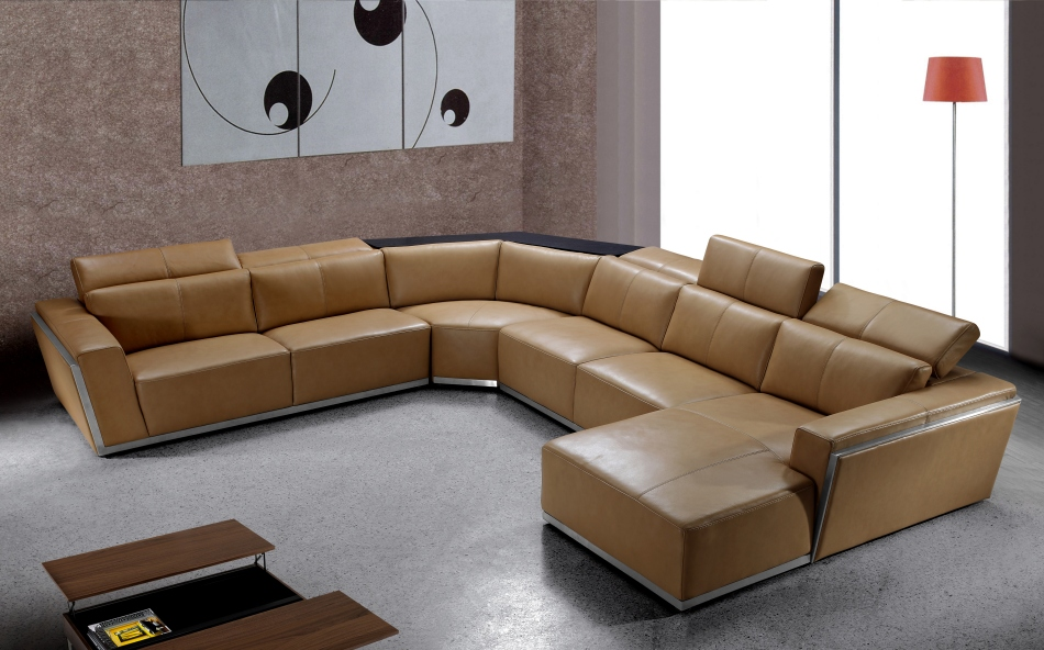 How to have accent walls in the living room la furniture for Separate sectional sofa pieces